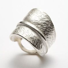 I Love Handmade: Central Park Leaf Ring by RedSofa