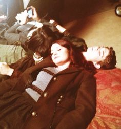 "Lana Parrilla, Robbie Kay & Emilie De Ravin, have ""Nap time"" while taking a break from filming (Source: https://twitter.com/emiliederavin/status/399306058813812738/photo/1)"