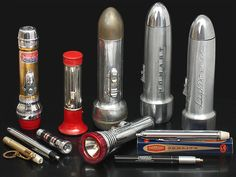 Flashlights through the years.--No comment. Vintage Tools, Vintage Items, Vintage Stuff, Vintage Lamps, Vintage Antiques, Collection Agency, Beauty And The Best, Vintage Appliances, Lodge Decor