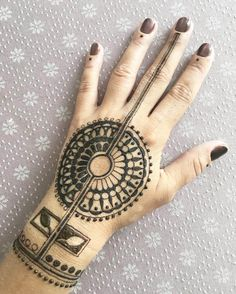Mind blowing mehndi design for hands by @rabbyy_mehndi #mehndi #mehndidesign #henna #hennadesign #hennatattoo #hennaart #mehndiart #mehendidesign #mehndidesignforhand