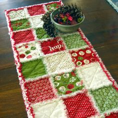Rag quilted table runner for the holidays
