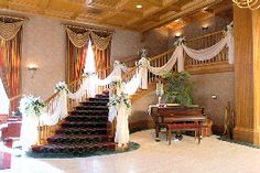 If you want, we could decorate the stairs for the pictures... ?