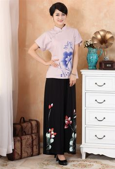 Chinese traditional clothing costume