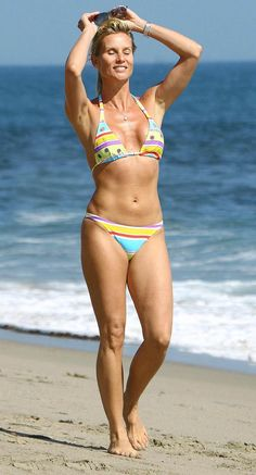 Nicollette Sheridan in Fly Me to the Moon