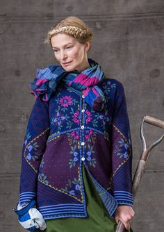 Stripy shawl in organic cotton – New arrivals! – GUDRUN SJÖDÉN – Webshop, mail order and boutiques | Colourful clothes and home textiles in natural materials.