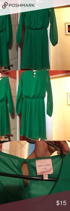 Perfect Holiday Green Long Sleeve Dress Perfect Holiday Green Long Sleeve Dress with Keyhole Back Romeo & Juliet Couture Dresses Long Sleeve