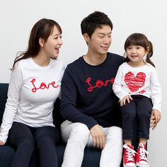 "Today's Hot Pick :Long Sleeve LOVE Doodle T-Shirt http://fashionstylep.com/P0000EBB/funnylove09/out Providing you with the best in coordinated family clothing, or ""Family Look"" straight from the heart of fashion - Seoul, Korea! All our products are made from high quality materials and made with your family in mind. If you have questions about specific sizing, please feel free to contact us!"