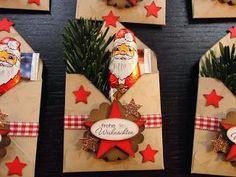 Huhu Ihr Lieben, habe heute für meine Arbeitskollegen ein paar Weihnachtsgoodies gewerkelt, ...und wieder habe ich diese Hüllen mit dem P...