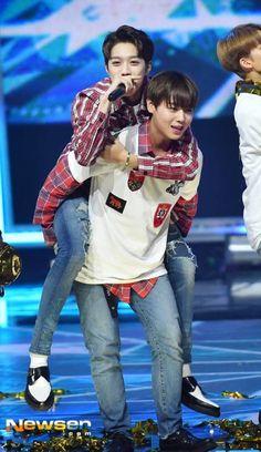 170830 WANNA ONE @Show Champion <3 Guanlin & Jihoon
