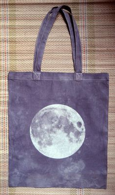 moon tote!