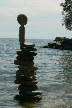 Rock Balancing – Making a Splash with Stone ~ Kuriositas