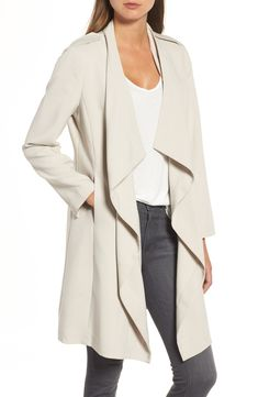 This drape jacket by Halogen has an interesting take on a classic trench! // http://rstyle.me/n/cs52sxcb5bp