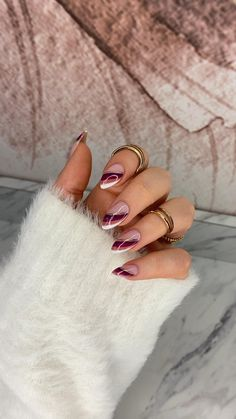 French Nails, Almond Nails French, Almond Shape Nails, Almond Acrylic Nails, Cute Acrylic Nails, Gel Nails, Almond Nail Art, Gold Tip Nails, Fall Almond Nails