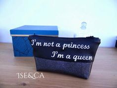 Pochette trousse brodée message Embroidery, quote