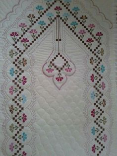 Etamin Seccade Ornekleri Com 16 Pictures Cross Stitching, Cross Stitch Embroidery, Embroidery Patterns, Cross Stitch Patterns, Baby Knitting Patterns, Crochet Patterns, Bordados E Cia, Palestinian Embroidery, Cross Stitch Boards