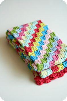 touchecrochet:    diagonal crochet stitch - so fun! looks like a quilt