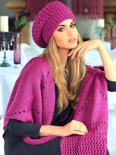 Beret Kamea Samanta w Oui. Knit Crochet, Crochet Hats, Types Of Hats, Shirt Embroidery, Winter Hats For Women, Knit Beanie Hat, Cool Hats, Girl With Hat, Womens Scarves