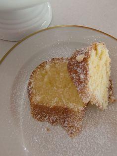Saftigsaurer Sandkuchen = Köstlicher Zitronenkuchen von Cynthia Barcomi