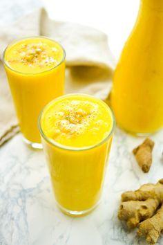 Ingwer-Kurkuma-Ananas Smoothie Rezept, einfach und gesund superfood detox Getränk