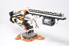 Cargo and Maintenance Craft Lego Mars Mission, Lego Space Station, Lego Machines, Classic Lego, Lego Craft, Lego Mechs, Cool Lego Creations, Build Something, Lego Parts