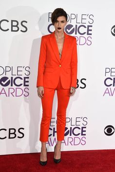 Ruby Rose wearing Veronica Beard at the People's Choice Awards in 2017