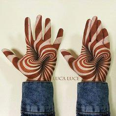 Des illusions 3D avec du body painting de la main par Luca Luce  2Tout2Rien