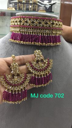 Indian Bridal Jewelry Sets, Indian Jewelry Earrings, Gold Hoop Earrings, Wedding Jewelry, Jewelery, Fine Jewelry, Jewelry Necklaces, Rajasthani Dress, Saree Blouse Neck Designs