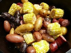 Everyday Dutch Oven: Roasted Red, White and Blue Potatoes with Kielbasa and Corn on the Cob. Added garlic, onions, and a tiny bit of stock to the dish. Used different hot sausage and the result was great! Baked Red Potatoes, Kielbasa And Potatoes, Blue Potatoes, Oven Potatoes, Dutch Oven Cooking, Dutch Oven Recipes, Cast Iron Cooking, Cooking Recipes, French Fries Recipe