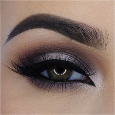 @miaumauve using Eyeko Liquid Eyeliner
