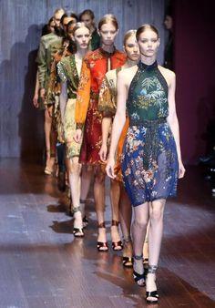 Mailänder Modewoche: Mode der italienischen Designerin Frida Giannini. Mehr zur Modewoche: http://www.nachrichten.at/nachrichten/society/Mailaender-Modewoche-mit-70-Shows-in-sechs-Tagen;art411,1503169 (Bild: epa)
