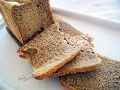Paine neagra la masina de paine cum se face. Reteta de paine neagra la masina de paine, Reteta de paine pentru masina de paine. Bread Baking, Banana Bread, Pizza, Desserts, Food, Places, Home, Pie, Baking