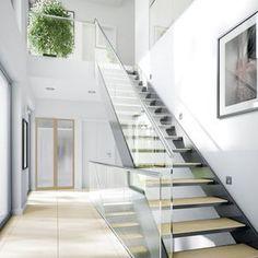 Architektur – Innovation – Nachhaltigkeit – Komfort. Concept-M Wuppertal verbindet dies zu einem perfekten Wohnerlebnis! Moderne und klare Architektur sowie raffinierte Details Innen und Außen machen das großzügig konzipierte Designer-Haus zu etwas nahezu Einzigartigem. Als zukunftsweisendes Smart-City Plus-Energie-Haus produziert es mehr Energie als es verbraucht und generiert so Strom für ein Elektro-Auto. Gleichzeitig setzt es als Effizienzhaus 40 Maßstäbe bei Energiesparen und ...