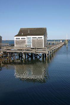 Cape Cod Charm Happy As A Clam| Serafini Amelia| Cottage-Cape Cod, Nantucket, MA