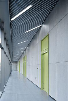 Gallery of Hangzhou Phoenix Creative Building / gad Greentown Design - 7