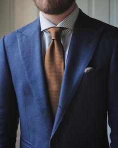 Jacket: @suitsupply | Necktie: @exquisitetrimmings | Shirt: @luxire_com | Pocketsquare: #howardyount #wiwt #ootd #데일리 #데일리룩 #패션 #남자패션 #ファッション #今日のコーデ #スーツ #menswear #mensstyle #mensfashion #fashion #style #jacket #suitsupply #peaklapel #washington #necktie #grenadine #exquisitetrimmings #shirt #mtm #oxford #luxire #pocketsquare #paisley