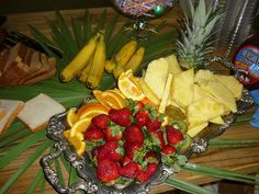 Fruit table for laua party