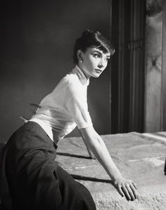 A photograph from Audrey Hepburn's first photoshoot with Paramount Pictures, 1951. (Note the clothespins!)  http://en.wikipedia.org/wiki/Audrey_Hepburn  audrey-1st+photo+with+Paramount+Studio.jpg (466×589)
