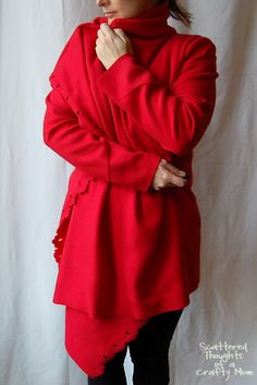 Scattered Thoughts of a Crafty Mom: Comfy Fleece Cardigan (Ikea Hack! - made from Ikea fleece blanket) Fleece Crafts, Fleece Projects, Easy Sewing Projects, Craft Projects, Sewing Ideas, Sewing Diy, Diy Clothing, Sewing Clothes, Clothing Patterns