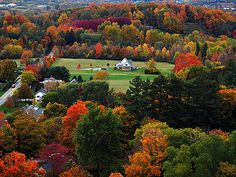 Photo by Kris Fong of Vermont fall colors! New England States, New England Fall, Fall Pictures, Fall Photos, Boston In The Fall, Places To Travel, Places To See, Autumn Scenes, Beautiful Places