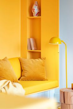 Function Walls: An Optimized Living Place with Modern Interior and Three Built-in Walls Apartment Interior Design, Modern Interior Design, Wardrobe Wall, Appartement Design, Living Place, Yellow Interior, Small Rooms, Furniture, Home Decor