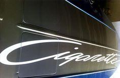 decorazione barca cigarette. Santorografica effettua la decorazione di qualsiasi imbarcazione. visita: http://www.santorografica.com/boat-wrapping.php verticals: boat wrapping, decorazione imbarcazione, adesivo per barca, nome per imbarcazione #lamiabarca #comelavoglioio #personalizzata #solodasantorografica