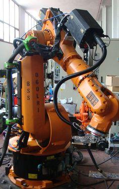 Kuka-kr-125-used-welding-robot.jpg (1043×1663)