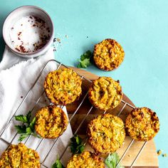 Super easy sweet potato and zucchini muffin coming your way! These are great to freeze and take to work when you need, or just as a little party starter! Veggie Recipes, Baby Food Recipes, Vegetarian Recipes, Snack Recipes, Healthy Recipes, Lean Recipes, Veggie Meals, Savoury Recipes, Muffin Recipes