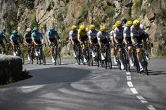 Sky leading the pack on stage 15 of the Tour de France Cycling Tours, Pro Cycling, Cycling Bikes, Adam Yates, Winning Time, Urban Road, Grand Tour, Bicycling, Triathlon