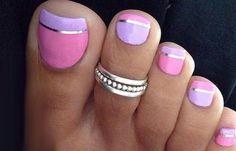 Diseños para uñas de los pies, disño de uñas de los pies bello. Clic Follow,  #decoraciondeuñas #nailart #uñassencillas