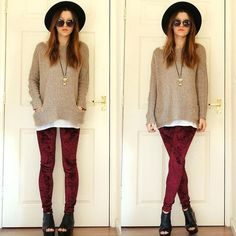45 ideas for how to wear leggings with a dress outfit ideas tights Jeggings Outfit, Leggings Outfit Winter, Outfits Leggins, Tights Outfit, How To Wear Cardigan, Sweater Dress Outfit, How To Wear Leggings, Sweaters And Leggings, Velvet Leggings