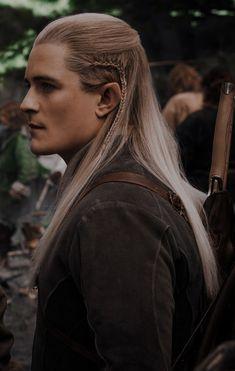 Tolkien, Balrog Of Morgoth, Lotr Characters, Lotr Movies, Orlando Bloom Legolas, Mirkwood Elves, Legolas And Thranduil, O Hobbit, Middle Earth