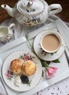 afternoon tea scones with tea