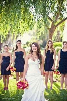 cute bridesmaid photo opp