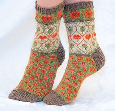 Ravelry: Valmuesokker - Poppy socks pattern by Cecilie Kaurin and Linn Bryhn Jacobsen